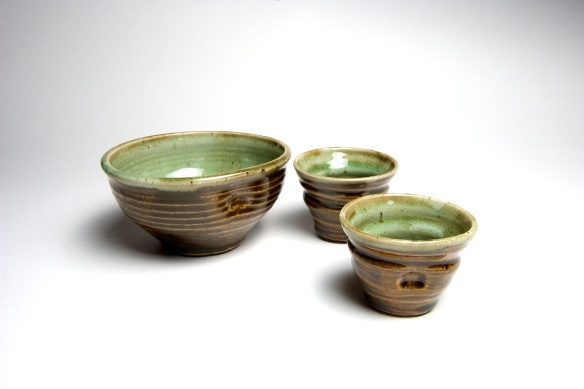 dip-bowl-celedon-and-chun