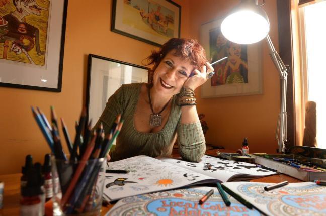 Sally Heinrich publicity shot
